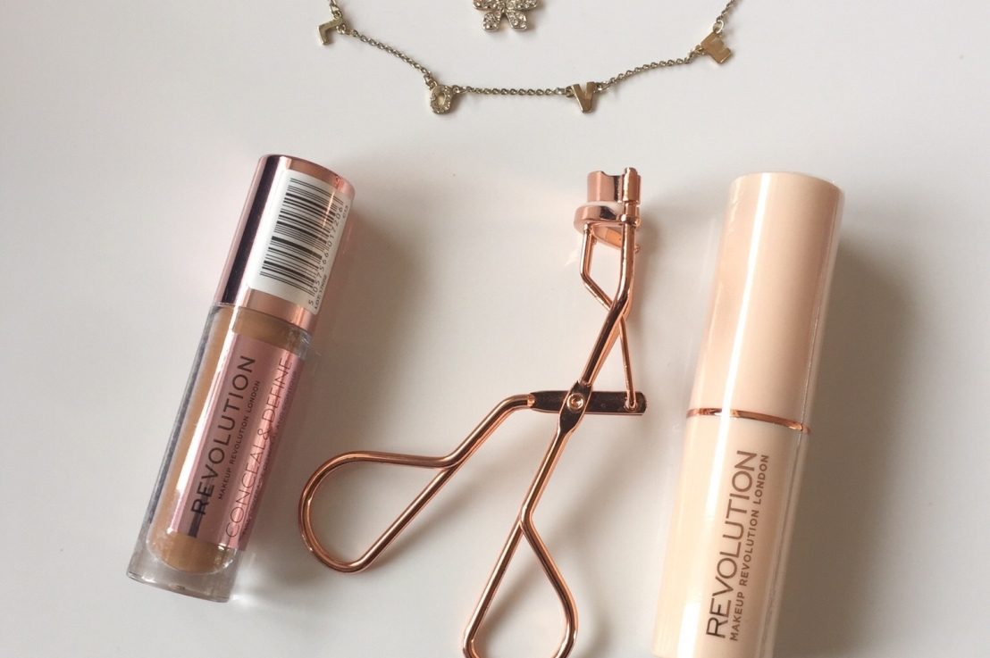 Fast Base Stick Foundation(F16) and Conceal &Define Concealer (C13)Review